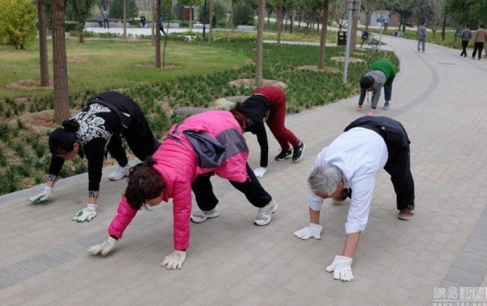 Фитнес-тренд, который покорил весь мир: ползаем, как маленькие дети!